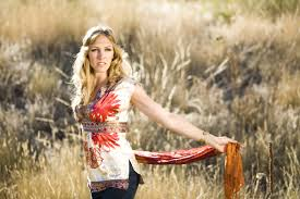 Katey Laurel has a heart of Gold, you can feel it in her Music! - dHarmic Evolution Podcast