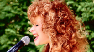 """Time to make a """"Midnight Escape"""" with Indiana's Jazz Singer, Barbara Santora"""